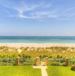 Oceanfront Duplex Downtown Myrtle Beach Putting Green Pool Great Location And Near Sky Wheel photos Exterior