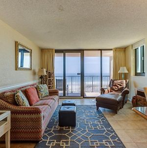 Oceanfront Indoor Swimming Pool Sunning Area Gorgeous Oceanfront Views Secure Building photos Exterior