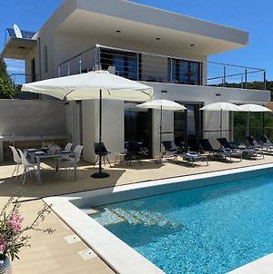 Villa Harmony - Appartments With Private Pool photos Exterior