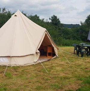 Glamping Deluxe Bell Tent In A Scenic Location photos Exterior