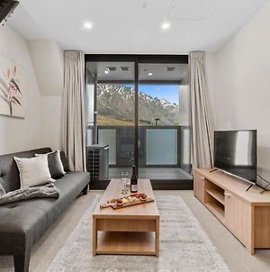 Modern 2 Bedroom Apartment With Remarkables View photos Exterior