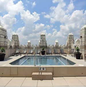 Jacuzzi In The Sky Luxe Condo By Cozysuites photos Exterior