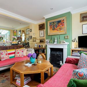 Veeve - Eclectic Cottage By Notting Hill photos Exterior