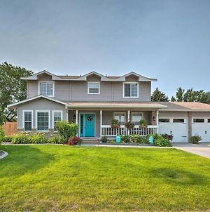 Nampa Family Home With Hot Tub And Fire Pit! photos Exterior