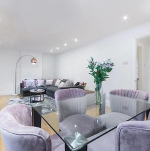 Delightful 3Br Apartment 2Mins From Oxford Street photos Exterior