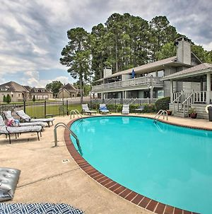 Hot Springs Getaway With Balcony And Lake Access! photos Exterior