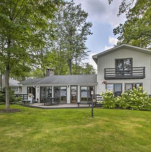 Cozy Lake Mitchell Cabin With Waterfront Views! photos Exterior