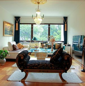 """Luxury Room At The Entrance Of Sweden """"Shared Apt"""" photos Exterior"""