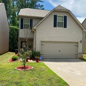 Fully Furnished Home 3Bd/2.5 Bath photos Exterior