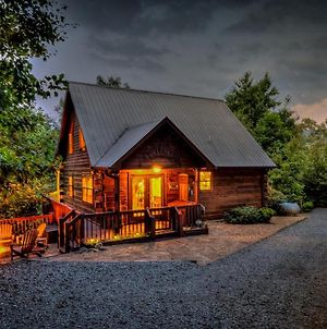 Standing Bear Lodge By Escape To Blue Ridge photos Exterior