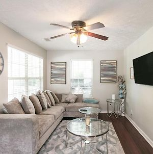Cozy & Spacious 3Br House 10 Minutes From Downtown photos Exterior