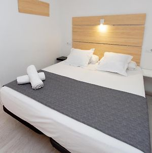 Hostal Easy Sants By Bossh Hotels (Adults Only) photos Exterior
