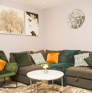 Cosy And Friendly Holiday Home In Gray'S Town Centre photos Exterior