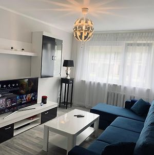 You'Ll Love This Large Apartment! Free Parking! photos Exterior