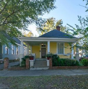 The Sunny Southern Manse Front Walk Downtown photos Exterior