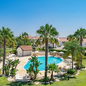 3 Bedroom Apartment In Gated Complex With Pool Vila Sol Resort photos Exterior