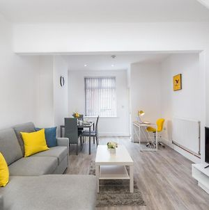 2 Bed House At Elite Relocations Sleeps Up To 5 - Coventry photos Exterior