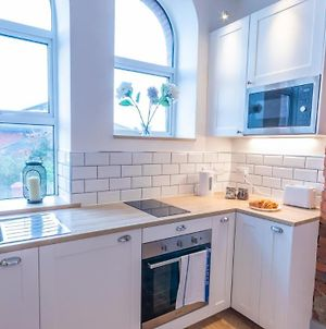 Stylish, Immaculate New Apartment Near Salford Quays By Pillo Rooms photos Exterior