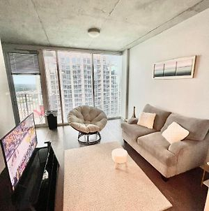 Lovely Studio Unit With A Peaceful Rooftop Pool! photos Exterior