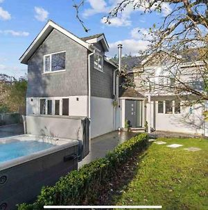 Beautiful House Cornwall With Hot Tub & Acre Of Garden photos Exterior
