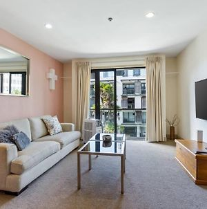 Beautiful Studio In The Viaduct With Free Carpark! photos Exterior