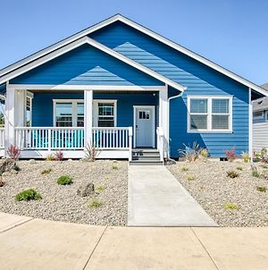 All Decked Out - Oyhut Bay Seaside Village photos Exterior