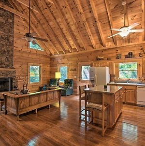 Rustic Clayton Hideaway With Deck And Forest View photos Exterior