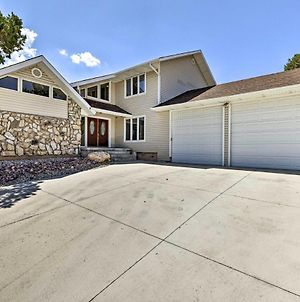Cedar City Family Home With Game Room And Yard! photos Exterior