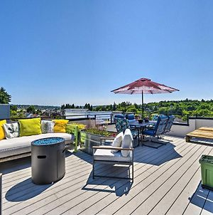 Stylish Getaway With Canal And Mtn Rooftop Views! photos Exterior