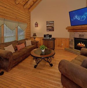 New! Southern Charm Cabin In Pigeon Forge! photos Exterior