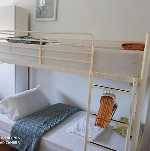 Bright Room, With Bunkbeds In Owner'S House With Use Of Shared Bathroom. photos Exterior