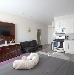 Luxurious Furnished Studio W Full Kitchen In Sd photos Exterior
