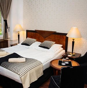 Evergreen Budapest Bed & Breakfast And Guest House photos Exterior