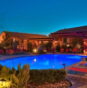 The Poolside Oasis In Norman, Ok With Gym! Just 1 Mile To Ou photos Exterior