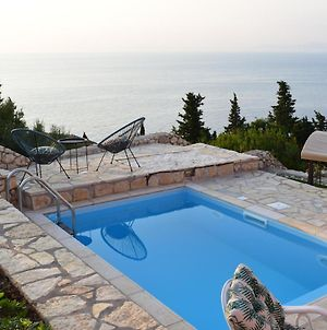 Villa Thetis With Pool Where The Sunsets Fade Away photos Exterior