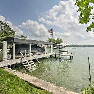 Stylish Home On Green Lake With Bbq And Fire Pit! photos Exterior