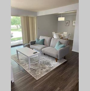 Luxury 1Bd&1Bth Apt With Pool & Free Parking - Near O'Hare Airport & Woodfield Mall photos Exterior