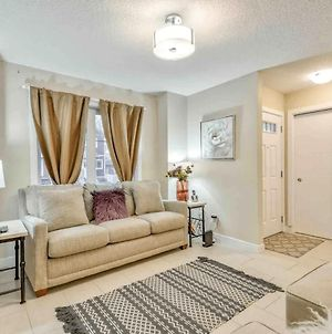 Beautiful Home Close To Roger'S Place, Edmonton Expo And Univerity Of Alberta photos Exterior