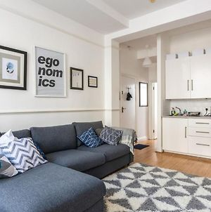 Stunning 1 Bed Regency Flat On Brighton Seafront! photos Exterior