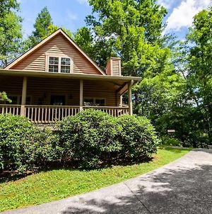 Laurel Valley Charmer With Grill And Golf Course Access photos Exterior