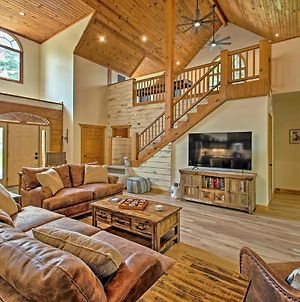 Luxe Hot Springs Cabin On Pond With Game Room! photos Exterior
