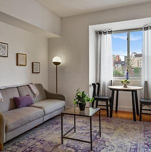 Viagem Stylish 1Br With Washer And Dryer In Bustling Area photos Exterior