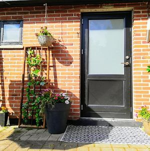 5 Minute Walk To Lego - Private Entrance Guest House photos Exterior