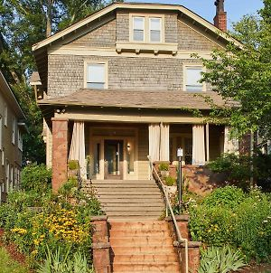 Charles On 11Th - Beautifully Restored Historic Southside Home, Walkable, Perfect For Groups photos Exterior