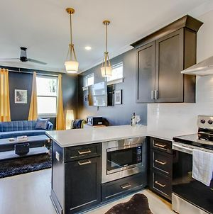 3 Floors, Private Patio, Sleeping For 8, Minutes From Downtown photos Exterior