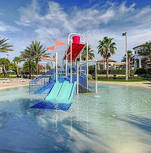 Astonishing Brand New Townhome Unlimited Access To Waterpark 5 Min Disney photos Exterior