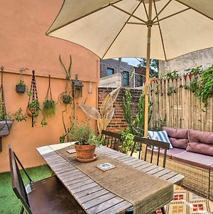 Chic And Minimalist Townhome With Gorgeous Patio photos Exterior