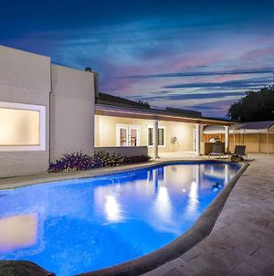 Spacious & Updated House Pool photos Exterior