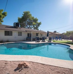New Spacious & Updated 5 Min To Old Town Heated Pool photos Exterior
