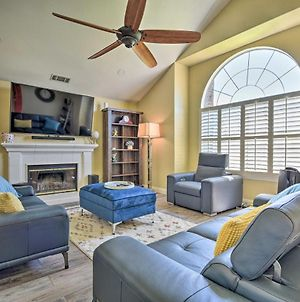Large Camarillo Home With Private Yard And Games! photos Exterior